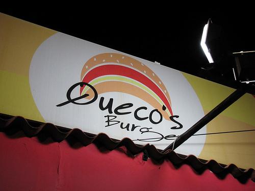 Queco's Burger